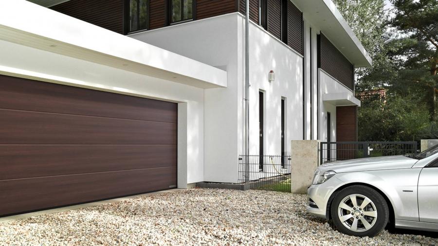 Ako vybrat garážovú bránu?